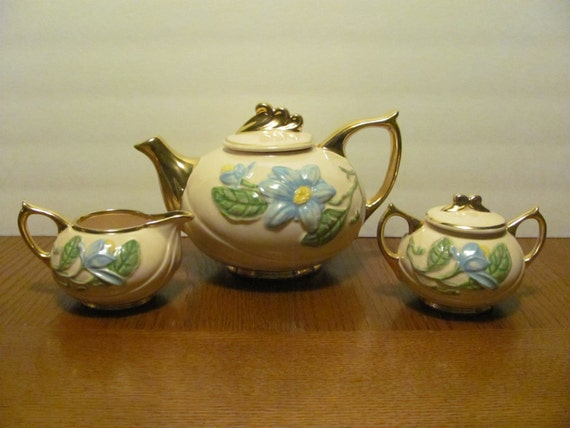 Hull Blue Magnolia Pink Teapot Tea Set Creamer Sugar Bowl