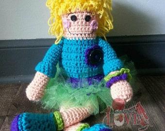 Crochet Snappy Doll
