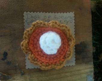 Crocheted Pumpkin Pie Brooch