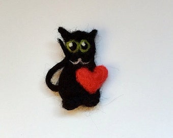 Felted cat brooch, needle felted wool cat pin, black with green eyes and a red heart, Valentine present, cat lover gift, cat lady brooch