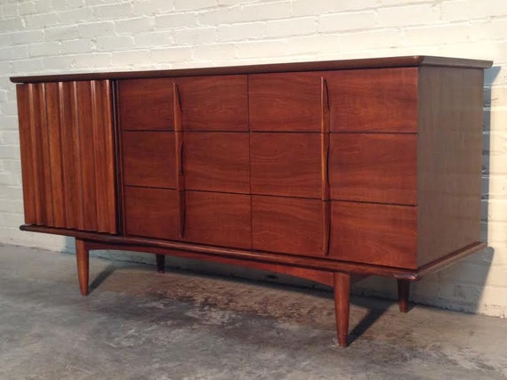 united furniture corporation dresser 2