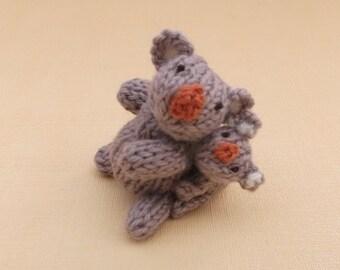 Mummy koala and baby koala knitting pattern PDF