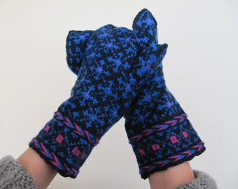 Gloves, hand knitted, wool mittens, latvian mittens, natural wool, black, blue, pink