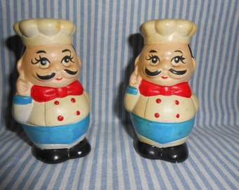 Bisque Chef Salt and Pepper Shakers