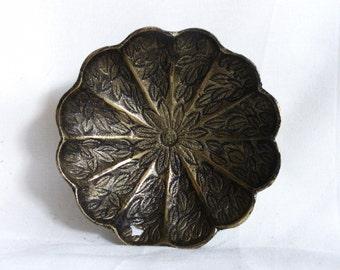 Ring dish, vintage brass. Trinket dish, metal patina, home decor, flower petal, pocket change, desk organizer, coffee table display, ashtray