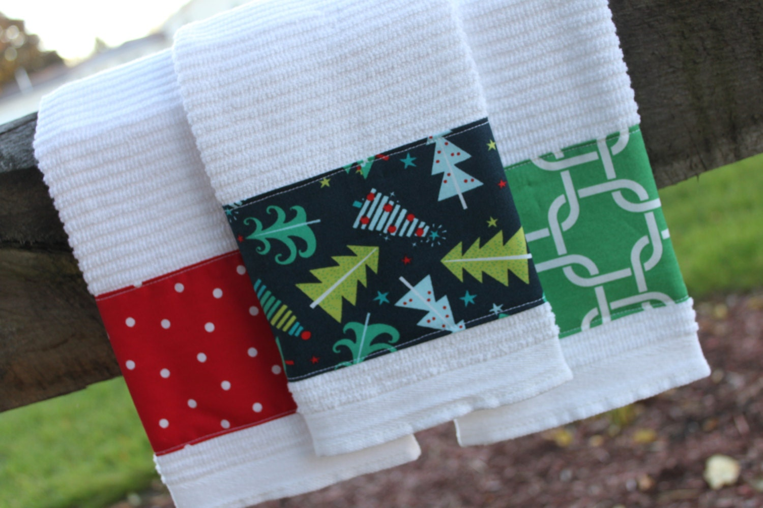 Set Of 3 Christmas Kitchen Towels Red Green Navy By
