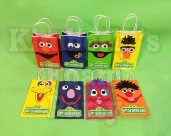 8 Sesame Street personalized party bags