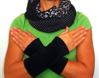 Set arm warmers with loop scarf neckerchief black white super fluffy plush very warm flower dots