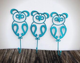 BOLD trio of owl wall hooks // turquoise aqua blue // rustic shabby chic girls nursery decor // birds towel coat towel hook // woodland