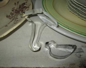 Vintage Aluminum Tin Umbrella Duck Duckling Bird Cookie Cutters Kitchen Collectible Cottage Chic TVAT Epsteam