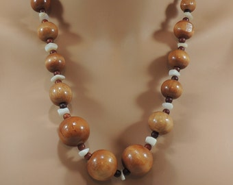 Vintage Mother of Pearl Wood and Glass Bead Necklace