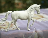 Tennessee Walking Horse TWH UNPAINTED Resin Model Horse Sculpture Figurine Kit Blank Unfinished DIY Paint it Yourself Gift for Horse Lover