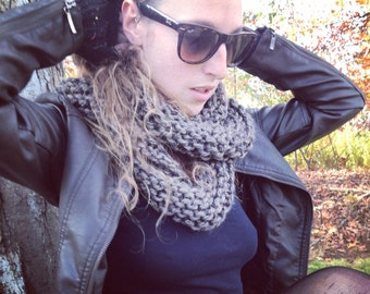 Endless Chunky Knit Scarf