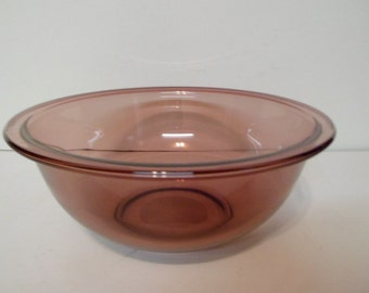 Pyrex Cranberry 1.5 Liter Mixing Bowl