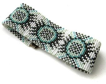 Beaded bracelet, bead loom bracelet, beadwork, beadwoven cuff, seed bead jewelry, boho, hippie, summer, delica seed beads