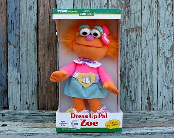 1995 Sesame Street Zoe Dress Up Pal