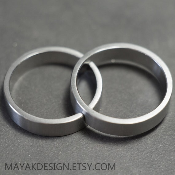 titanium wedding rings minimalist interlocking band set - Interlocking Wedding Rings