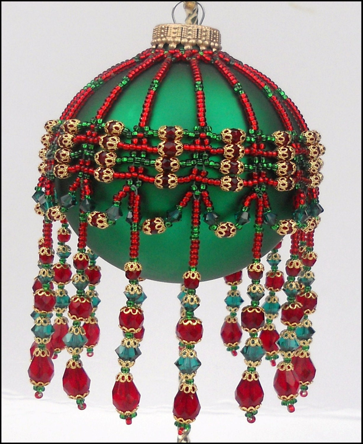 Pattern for beaded christmas ornament cover sleigh bells