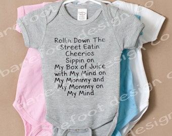 Mommy on My Mind bodysuit FREE and FAST Shipping in the US!