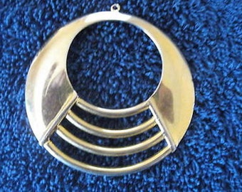 Women's Goldtone Circular Pendant w/o Chain Giftboxed CL30-18