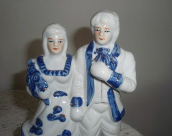 Victorian style Blue and White Porcelain Couple, Man and Woman Figurines in Edwardian style clothing