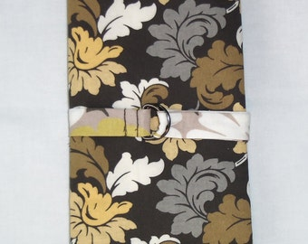 Neutral Florals Beige, Taupe, Grey, Mustard, and Cream Leaves Crochet Hook Case