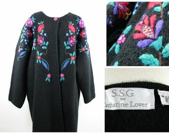 Vintage Catherine Lover Wooly Coat with Vibrant floral embroidery size 2x