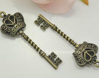 5pcs Key Charms, 24x61mm Elegant Vintage Style Antique Brass Crown Key Charms Pendant