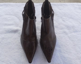 Womens Shoes - Dark Brown Nine West with 3.5 Inch Croco Heels - Size 7.5 - Vintage 1990s - Free US Shipping