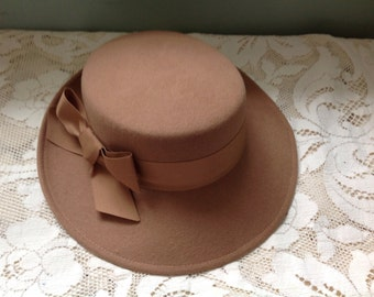Vintage Felted Wool Hat by Geo W Bollman & Co Tan Peachfelt Wool Hat