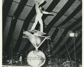 Ladimirs Duo Ecuador circus acrobats balancing act vintage photo