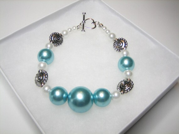 Classy Aqua Bracelet, Aqua Silver White Pearl, Gift for Her, Mother, Daughter, Girlfriend, Womens Bracelet, Heart Toggle