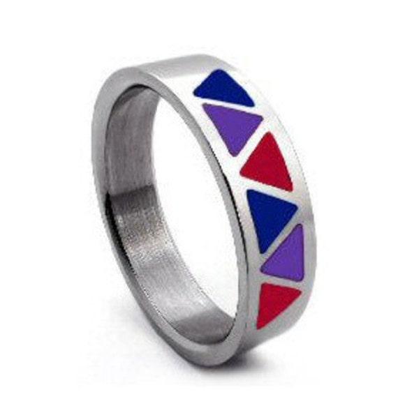 Bisexual Ring 32