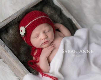 Red Newborn Photo Prop Bonnet , Baby Girl Red  Christmas  Bonnet ,Newborn Girl Red Knit Bonnet