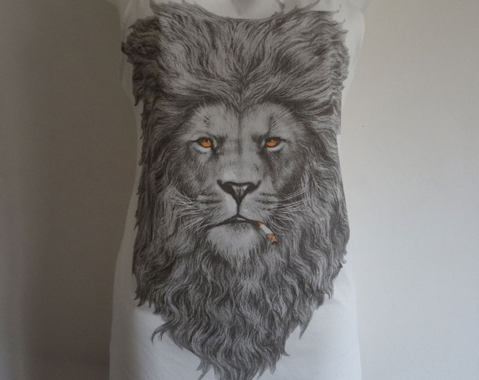 Henry The Smoking Lion With Attitude Vest Top / Dress - Size 10-12 - White Gentleman T-Shirt Animal Quirky Vintage Kitsch Geek Chic Big Cat