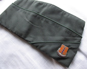 US Army 1970s Garrison Cap With Battalion Pin
