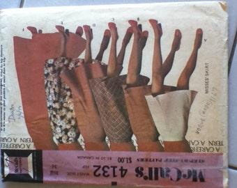 "McCall's Vintage Skirt Pattern 4132  Waist 26"", Hip 36"""