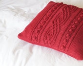 Hand knit cushion cover, Knitted Throw Pillow, Dark Red Pillow Sham, 40cm - EVESHAM