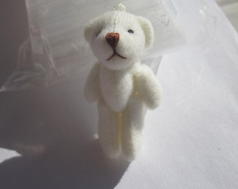 bear charm fabric to hang (PV43)
