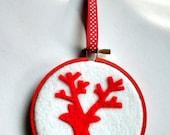 Reindeer Felt Hoop Ornament