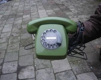 vintage SEVENTIES retro green ROTARY TELEPHONE