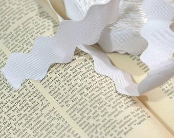 white grosgrain ric rac ribbon