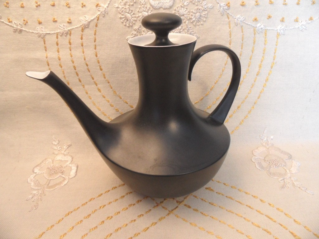 Ceramic Matte Black And White Coffee Tea Pot Mid Century
