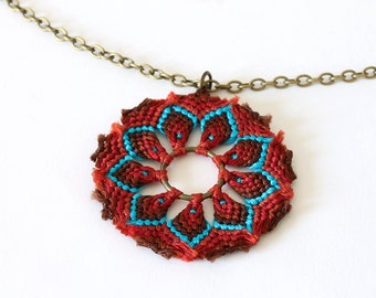 Textile macramè mandala necklace brown turquoise boho style