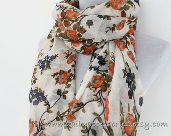 White Fower Scarf Floral Scarf Fashionable Scarf Handmade Scarf Christmas Gift Holiday Gift Large Scarf Soft Scarf