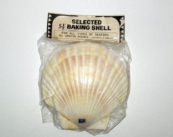 CLEARANCE - Four Vintage Sea Shell Baking Shells - Original Package