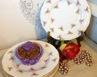Vintage Duchess tea plate with beautiful all over rosebud pattern.