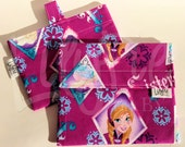 Reusable Sandwich & Reusable Snack Bag Set in FROZEN (Anna, Elsa) print- Velcro - ECOfriendly - Food Safe - Dishwasher Safe - Back to School