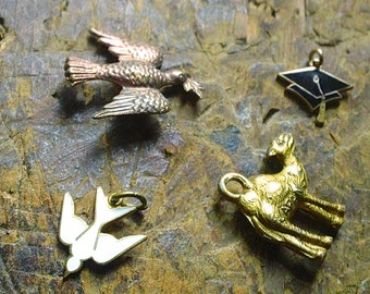 LOT of Vintage Charms - Jewelry making,