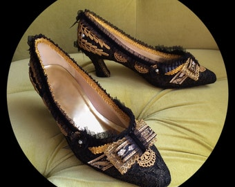 Marie Antoinette Shoes Heels Antique Gold & Black Lace Pumps Edwardian Regency Costume Rococo Baroque 17th 18th Century Style Fashion 7 7.5